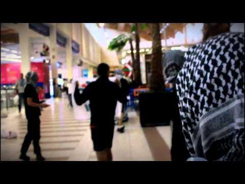 Palestinarekiko elkartasun ekintza Etxabarri-Ibiñako Carrefour-en