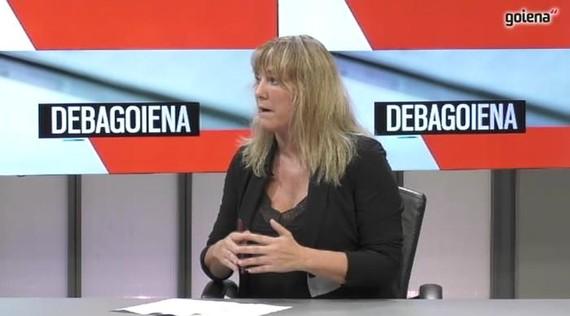 """Maite Goñi: """"Ikasgeletan mugikorrak debekatzea atzerapauso nabarmena eta larria da"""""""