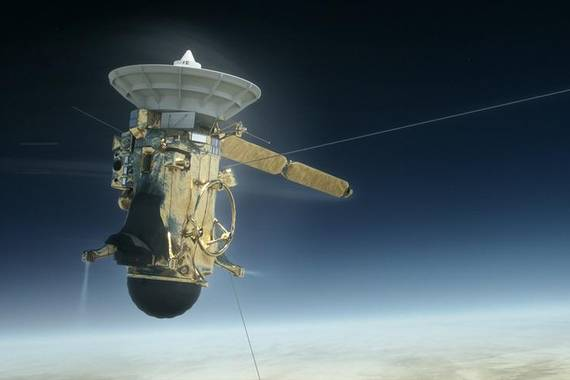 Cassiniren suizidioari esker Saturnoren eraztunen adina dakigu