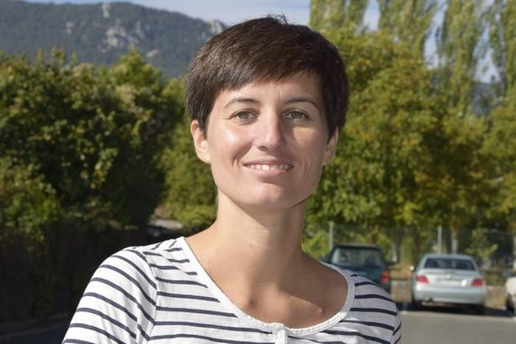 Pikara magazine feministaren zuzendari June Fernandezi elkarrizketa
