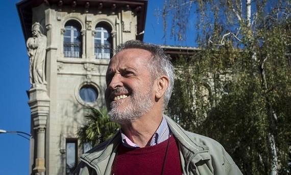Txema Auzmendi apaiz eta kazetariaren kontakizuna Kubatik itzuli ondoren