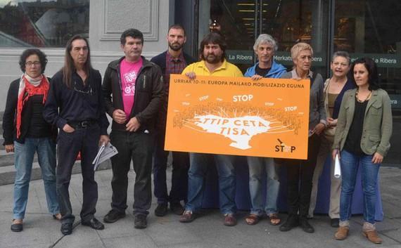 """38 eragile sozial, sindikal eta politikok """"Euskal Herriak #TTIPEZ !"""" kanpaina aurkeztu dute ttipez.eus"""