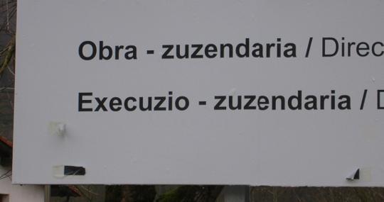 """Jaurlaritzakoek """"Execuzio"""" idatzi dute kartel batean Ikaztegietan"""