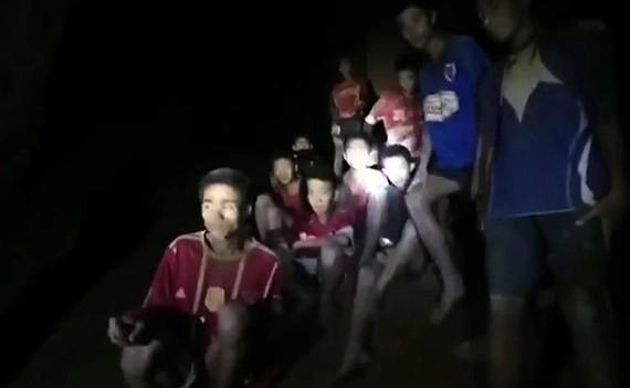 Tham Luang leizeko mutilen erreskateak luze jo dezake