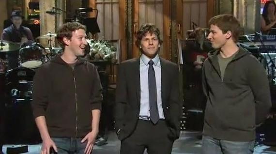 Mark Zuckerberg eta bere pelikulako aktorea nola elkartu ziren lehen aldiz