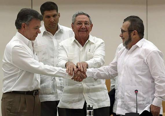 Bakerako urrats historikoa Kolonbian, gobernuak eta FARCek justiziari buruzko akordioa lortuta