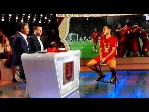 Belgikako Telebistak Eden Hazard futbolariaren holograma elkarrizketatu zuenekoa... [Bideoa]