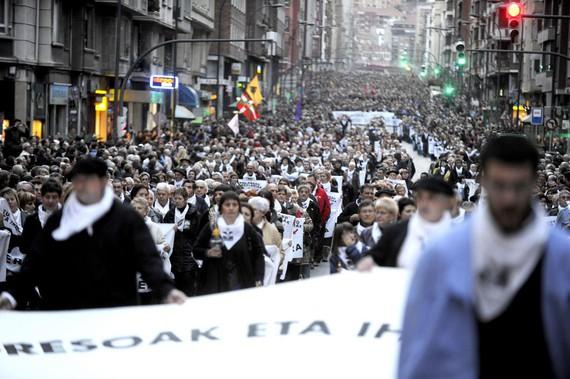 EPPK-rekin elkarrizketa, Mikel Albisu eta Marixol Iparragirreren bitartez