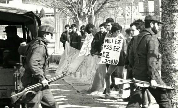 Nafarroako Parlamenturen errekonozimendua soldadutzaren intsumisoei