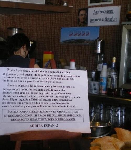 Francoren argazkia Mendexako taberna batean