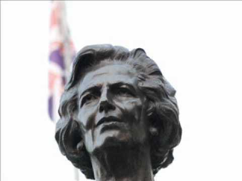 Margaret Thatcher hil da: jarri musika apur bat