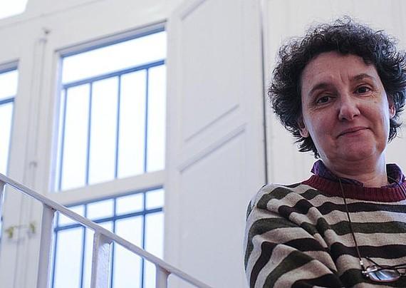"""Beatriz Gimeno: """"Amatasunarekiko kultua maitasun erromantikoaren ordezkapena da"""""""
