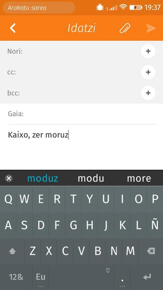 Firefox OS sistema eragiledun telefonoak euskarazko zuzentzailearekin datoz orain