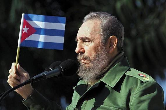 """Fidel Castro, """"zaldi errebelde baten heriotza"""""""