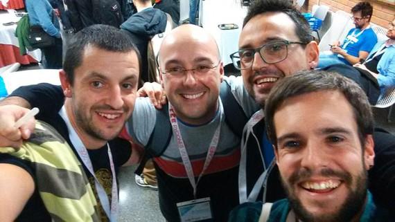 """Python lenguaiaren inguruko """"PyConEs 2015"""" konferentziaren kronika zabala"""