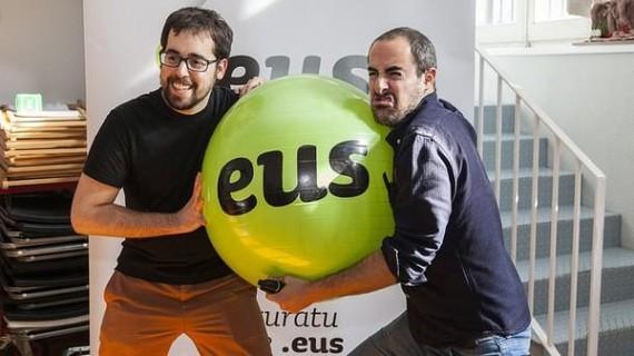 Euskarazko Internet Egunean mugikorrak izango dira protagonistak (maiatzaren 17an Donostian)