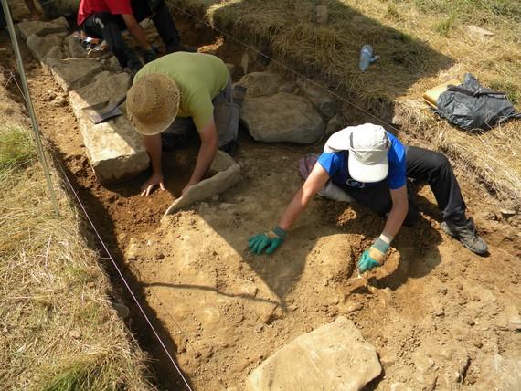 Arkeologia Tolosaldean: crowdfunding eta bisita gidatuak.