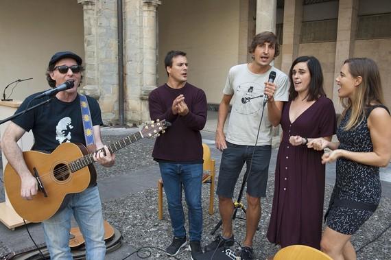 Musikariak Nafarroako ikastetxeetan