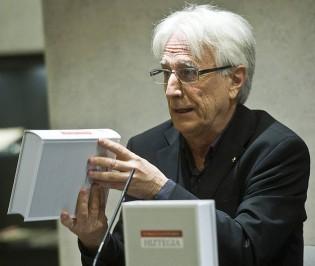 Ibon Sarasolak utzi egingo du Hiztegi Batuaren ardura Euskaltzaindian
