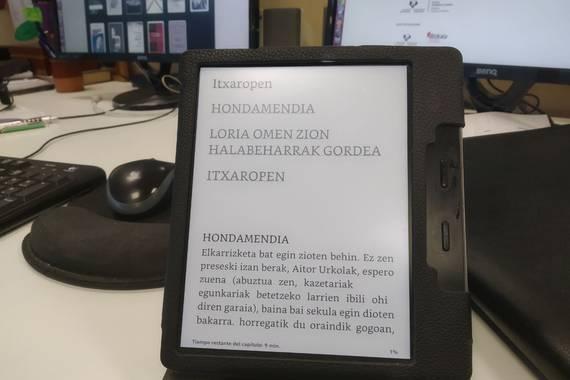 Nola oparitu liburu bat Kindle irakurgailua duenari