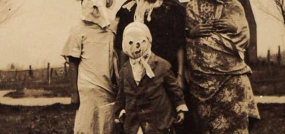 Halloween euskal ohitura, bideoa eta azpitituluak