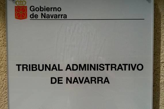 Nafarroako Administrazio Auzitegia, Uharteko Udalaren aurka?