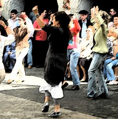 Emakumezkoen esku dantza Donostiako Euskal Jaian
