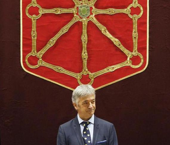 Serendipiaz (txiripaz) zuzendu zen euskaraz Nafarroako Parlamentuaren osaera