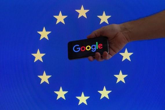 4.300 milioiko isuna ezarri dio Europar Batasunak Googleri, monopolio-praktikak erabiltzearren