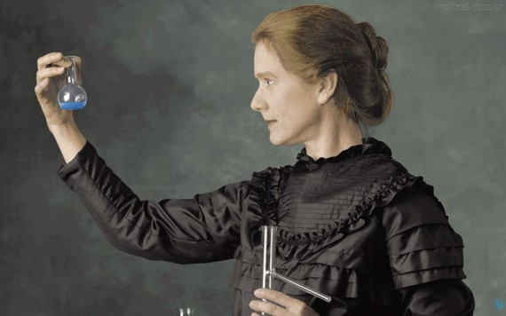 Gaurko egunez jaio zen Marie Curie (1867), zientzian eta gizartean aitzindari