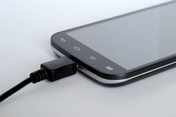 Gure telefono berriak 15 minutu eskasean kargatuko dira Quick Charge 5 teknkologiari esker
