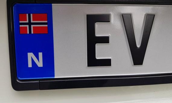 Azken hilean Norvegian saldutako autoen %58 elektrikoak izan dira, orain arteko marka guztiak hautsiz