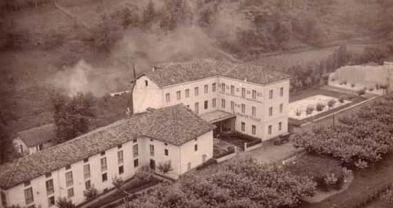 """Zumalakarregi museoan, Bainuetxeko """"mosaiko eta tertuliak"""""""